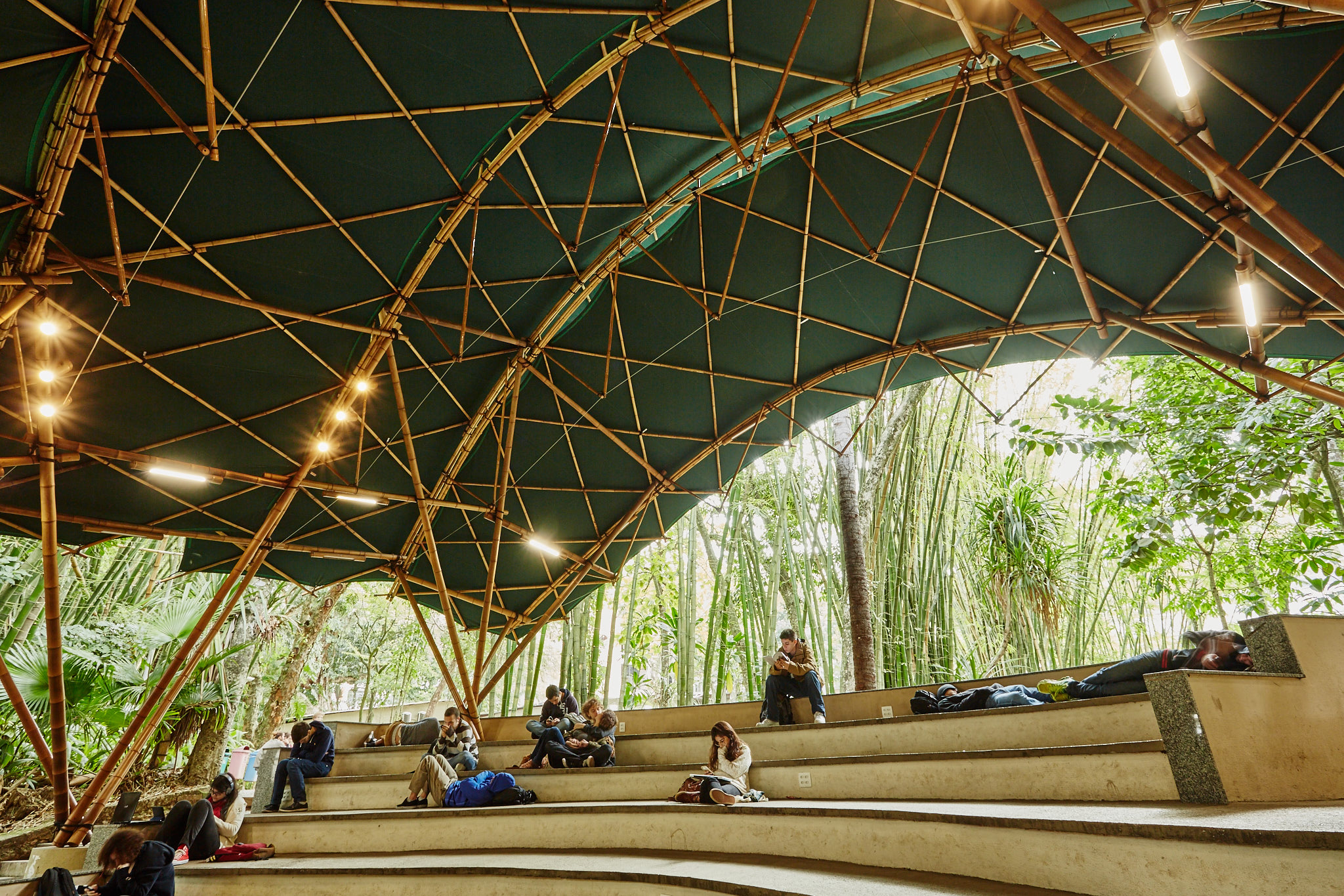 Bamboo-Active-Bending-Textile-Hybrid-Space-Structure-6.jpg